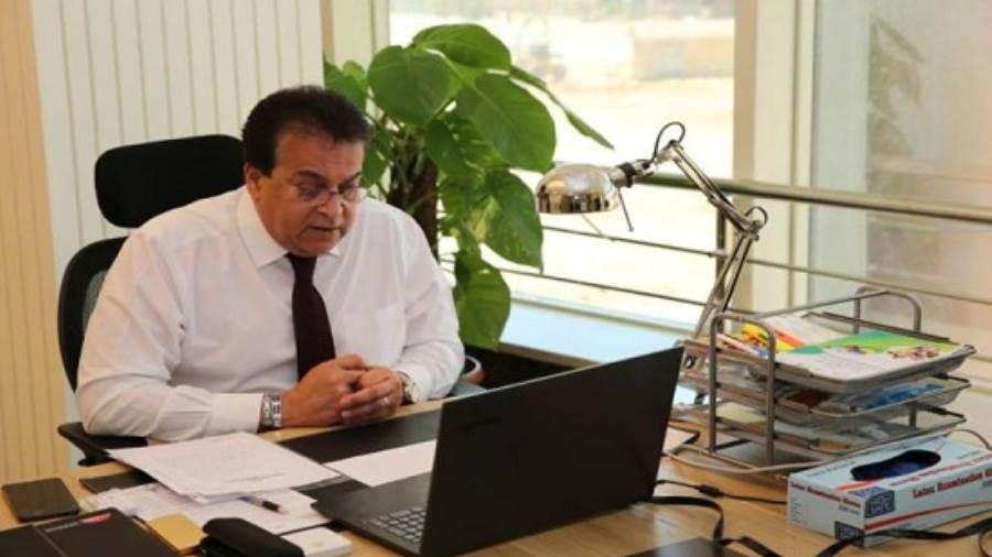 د. خالد عبدالغفار يستعرض تقريرًا حول منظومة المعاهد العالية الخاصة | إنفوجراف